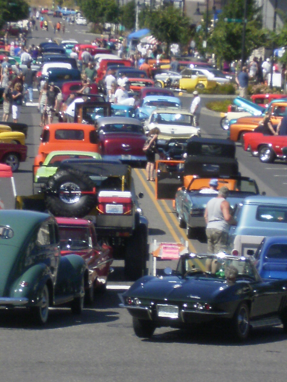 Parade of Cars - Car Show Aug 17 2014